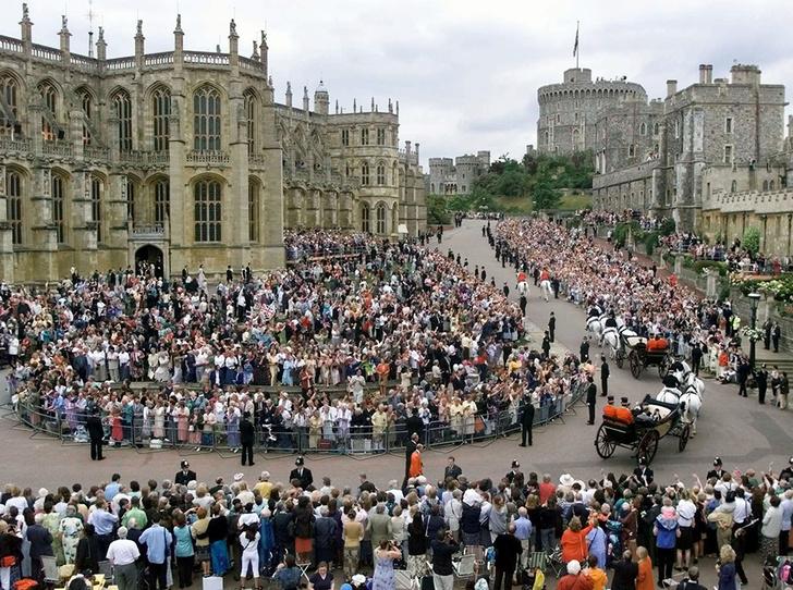 Фото №6 - Меган Маркл и принц Гарри пригласят на свадьбу простолюдинов