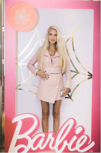 Фото №7 - Презентация капсульной коллекции Charlotte Olympia x Barbie в Москве