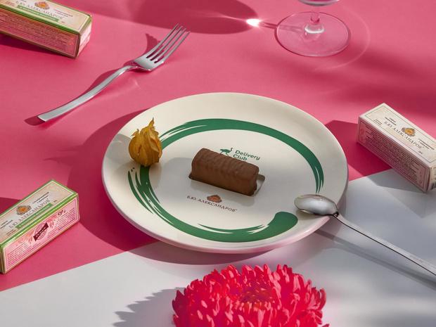 Фото №1 - Еда как искусство: что нужно знать о новом проекте Delivery Club и «Б.Ю. Александров»
