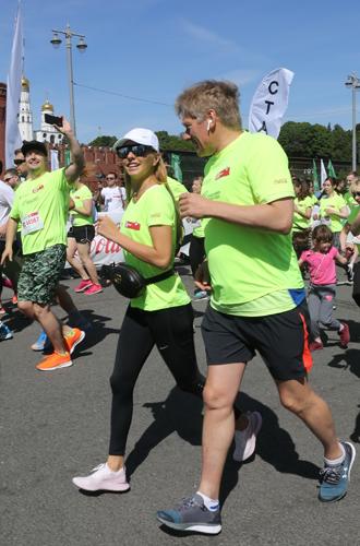 Фото №12 - Ешь, смотри, беги: благотворительность в современном мире
