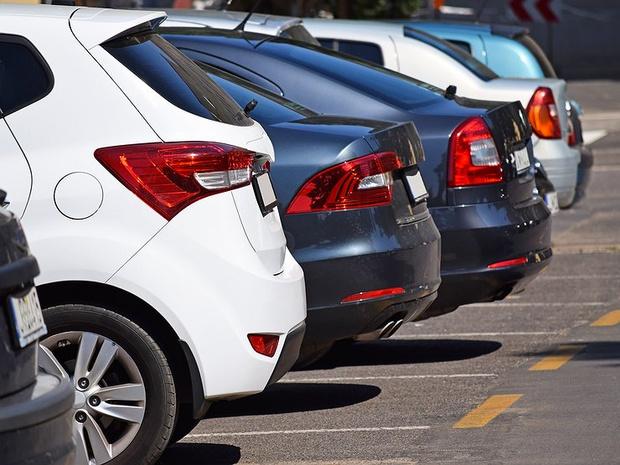 Фото №2 - Автомобильный рынок в России выходит из комы
