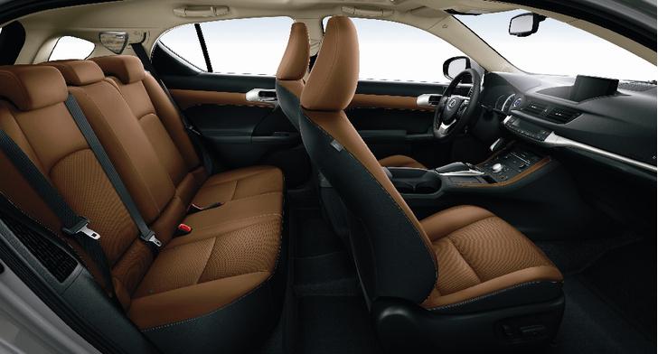 Фото №3 - Маленький гигант большого города: тест-драйв первого хетчбэка Lexus