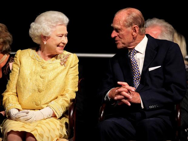 Фото №2 - Заветы Короны: какой совет принц Филипп дал Меган и Гарри (но они его проигнорировали)
