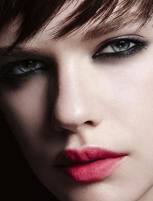 Фото №1 - Как сделать макияж в стиле Yves Saint Laurent