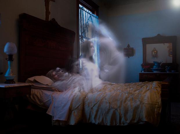 Фото №1 - Сочельник: страшные истории о привидениях