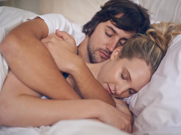 Фото №3 - Вопрос с подвохом: должны ли супруги спать в одной постели