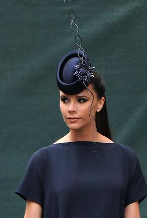 Фото №42 - 25 необычных шляп на королевских свадьбах