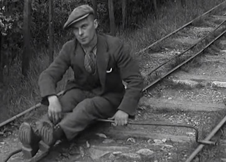 Фото №1 - Приспособление для возвращения шахтеров домой по рельсам (видео)