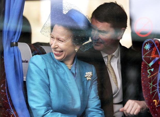 Фото №2 - Почему дворец закрывал глаза на измены принцессы Анны