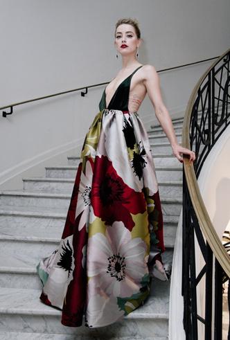 Фото №45 - От Джиджи Хадид до Леди Гаги: кто одевает самых стильных звезд