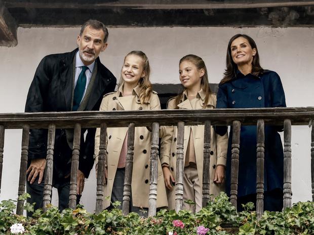 Фото №3 - Почему Филипп и Летиция могут стать последней королевской парой Испании
