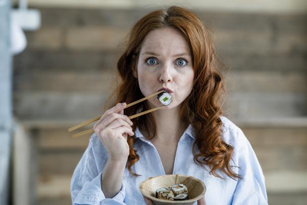 Фото №3 - Можно ли есть суши и роллы на диете?