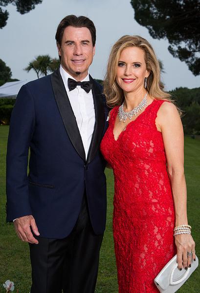 Фото №2 - СМИ: Джон Траволта уходит из Голливуда после смерти жены