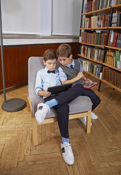 Фото №4 - Прийти в форму: как подобрать школьный образ, который понравится и маме, и директору, и ребенку