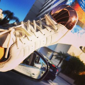 Фото №2 - Рита Ора работает над дизайном кроссовок Adidas