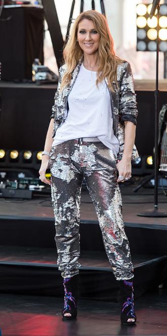 Фото №19 - Модная трансформация Селин Дион: лучшие образы от нового стилиста певицы