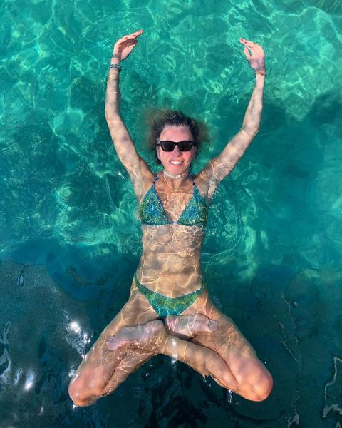 Фото №2 - 10 купальников Светланы Бондарчук, доказывающих, что возраста не существует