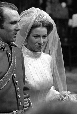 Фото №13 - Первая свадьба принцессы Анны: как выходила замуж дочь Елизаветы II