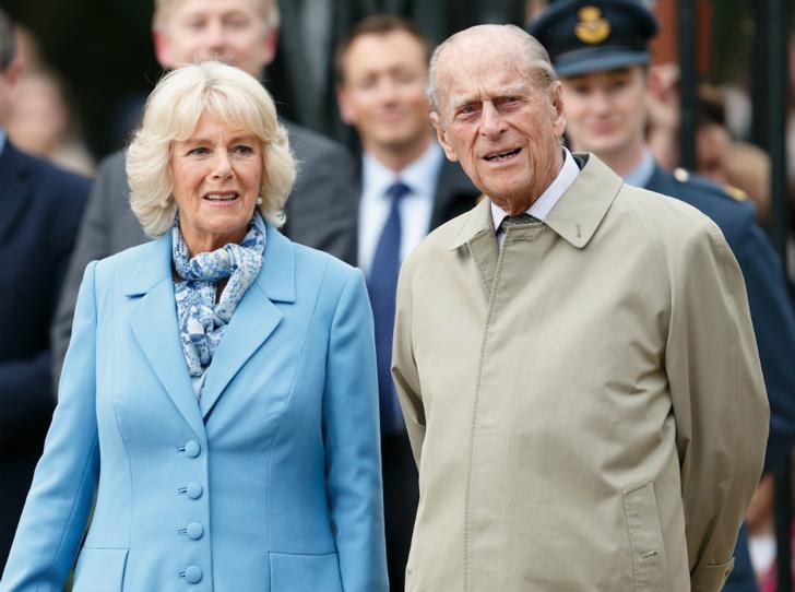Фото №1 - Любимая невестка: принц Филипп и его особое отношение к герцогине Камилле