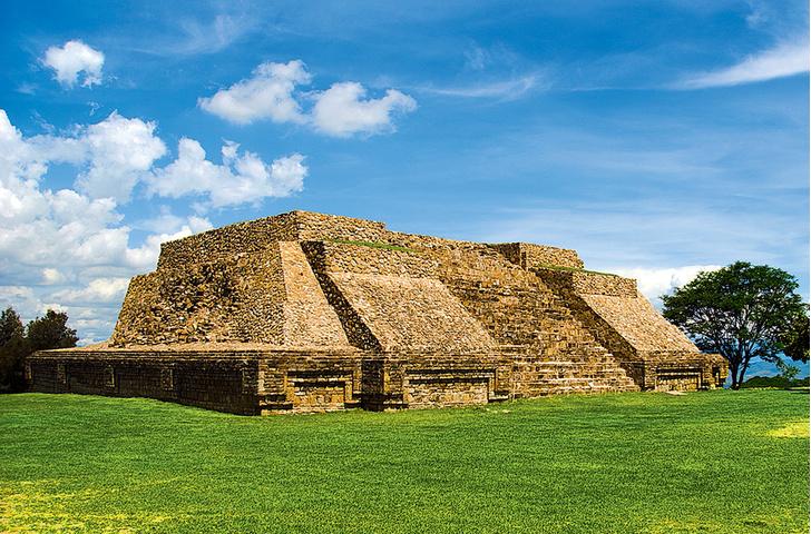 Фото №1 - 2500 лет назад... построили самую древнюю столицу