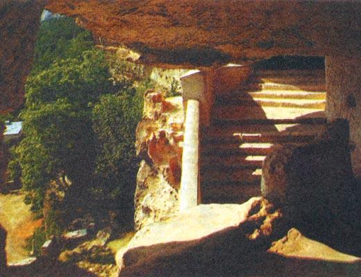 Фото №1 - Пещерный монастырь