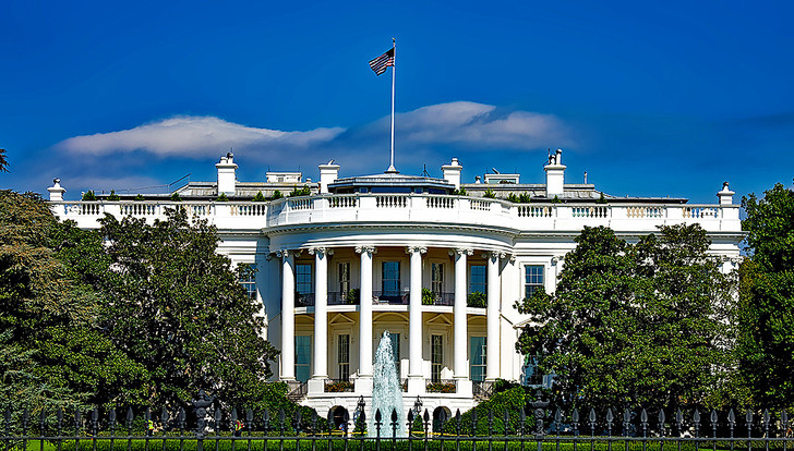 Фото №1 - Почему Белый дом так называется?