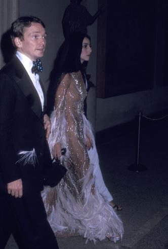 Фото №11 - От Дианы до Рианны: самые скандальные платья в истории моды