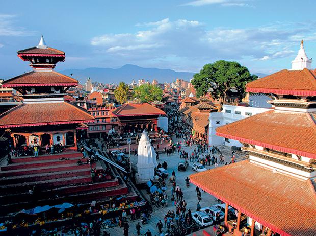 Фото №2 - Бывшая богиня: как живут те, кто перестал быть королевской Кумари в Непале