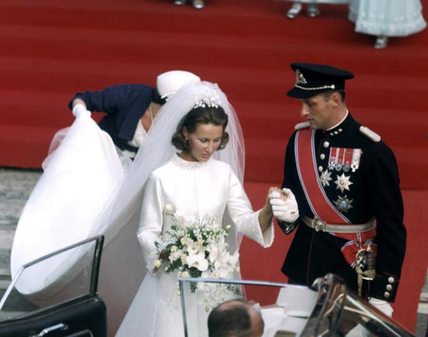 Фото №8 - Пять королевских невест, отказавшихся от тиары на свадьбе