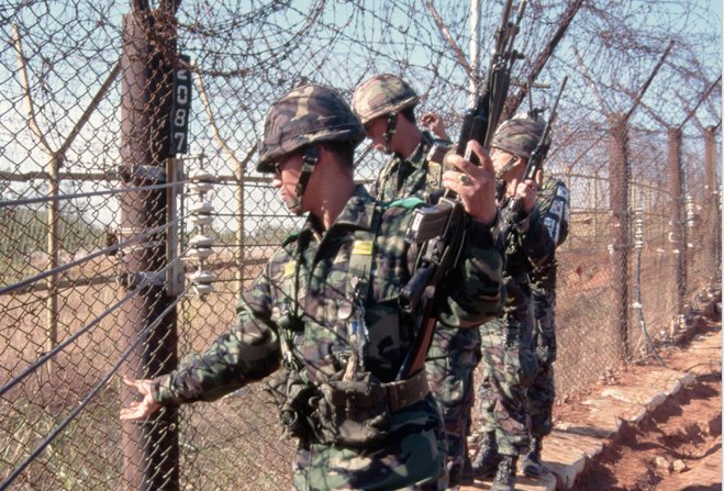 Фото №4 - Маугли из концлагеря. Как сбежать из Северной Кореи, если тебе не повезло в ней родиться