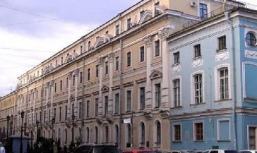 Фото №1 - В комздраве Петербурга заменили двух главных специалистов, в их числе - новый главный эпидемиолог