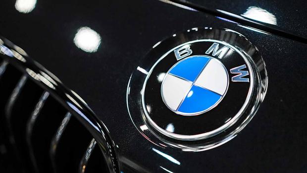 Фото №2 - Почему эмблема BMW— это не пропеллер
