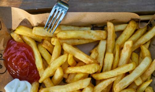 Фото №1 - Ученые выяснили, какая пища резко увеличивает рост опухоли кишечника