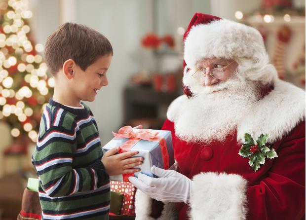Фото №3 - Почему нельзя говорить ребенку, что подарок принес Дед Мороз