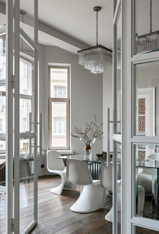 Фото №2 - Винтаж и современность: элегантная квартира на Патриарших прудах 300 м²