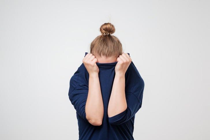 Фото №1 - Игра в прятки. Врачи рассказывают о новом симптоме COVID-19