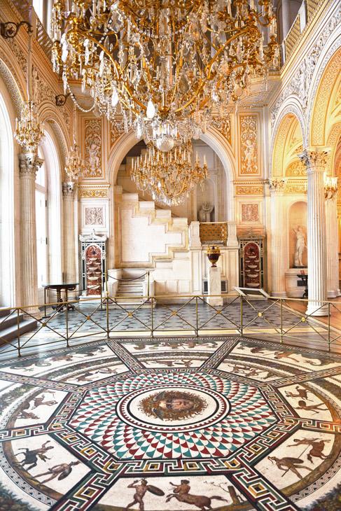 Фото №1 - Эрмитаж признан лучшим музеем Европы