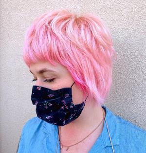 Фото №2 - Исследование: почему люди красят волосы в розовый цвет? 🌸