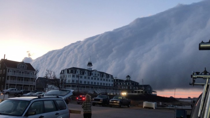 Фото №1 - Облако-цунами