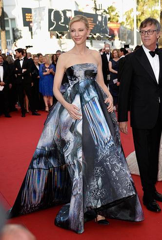 Фото №48 - Королева Канн: Кейт Бланшетт и ее модные образы за всю историю кинофестиваля