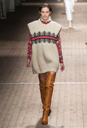 Фото №3 - Утепляемся: как носить теплый вязаный жилет (и где его найти)