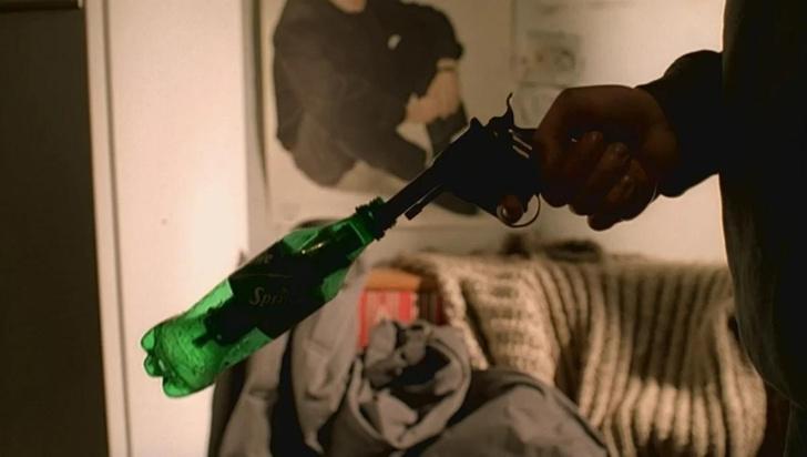 Фото №1 - Сработал бы глушитель-бутылка Данилы Багрова на самом деле?
