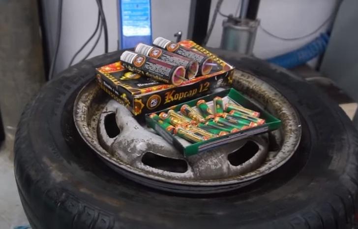 Фото №1 - Проверка автомобильного лайфхака: починить колесо с помощью петарды (видео)