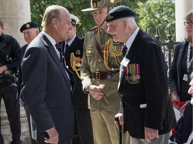 Фото №3 - Особая причина, по которой принцу Филиппу придется вернуться к королевским обязанностям