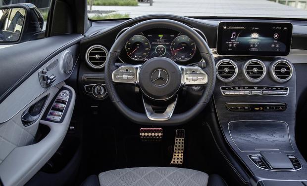 Фото №2 - Mercedes GLC-класса: вызываем помощницу
