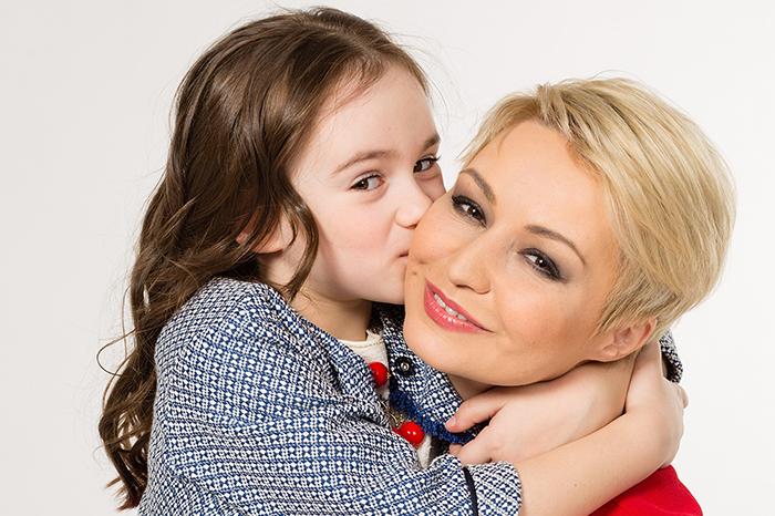 Фото №1 - Катя Лель: «Мне кажется, мы с дочерью одного возраста»