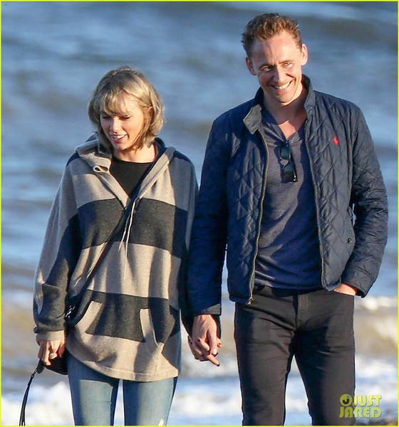 Фото №1 - Том Хиддлстон познакомил Тейлор со своей мамой!