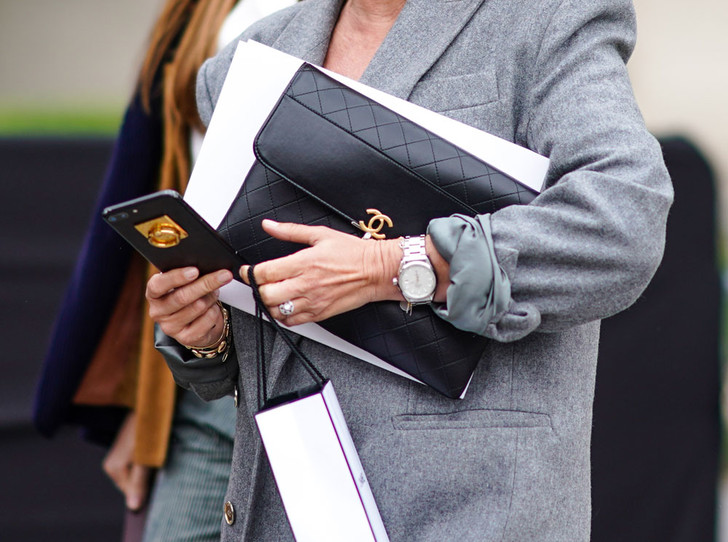 Фото №1 - Как выбрать наручные часы для офисного гардероба