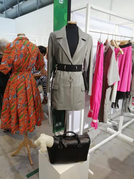 Francesca Bassi— натуральные материалы одежды