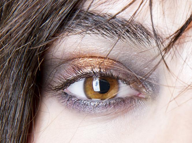 Фото №11 - Макияж по цвету глаз: как правильно расставить акценты